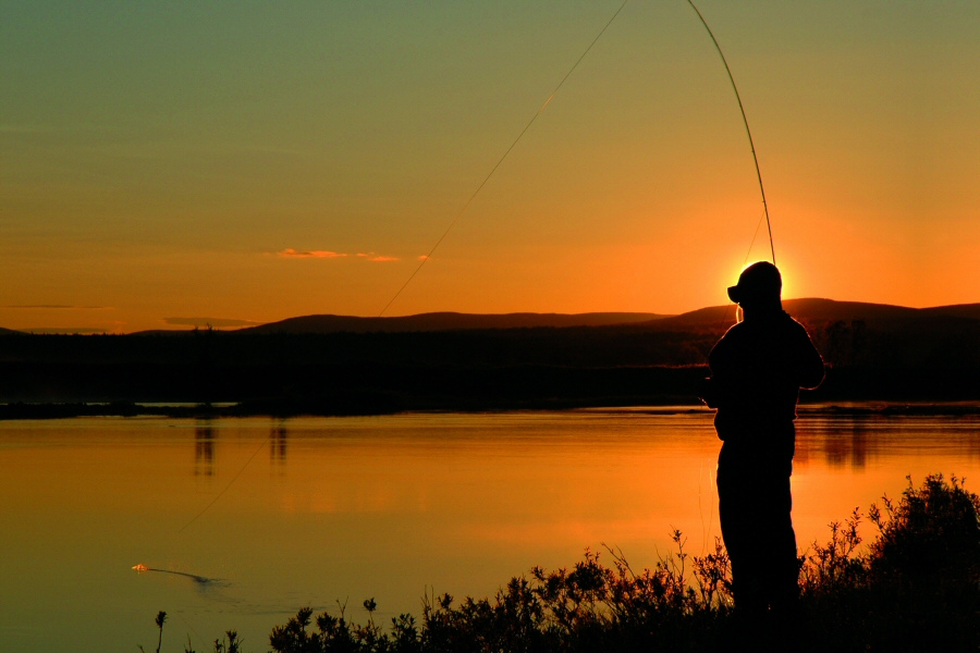 Pecher au coucher du soleil